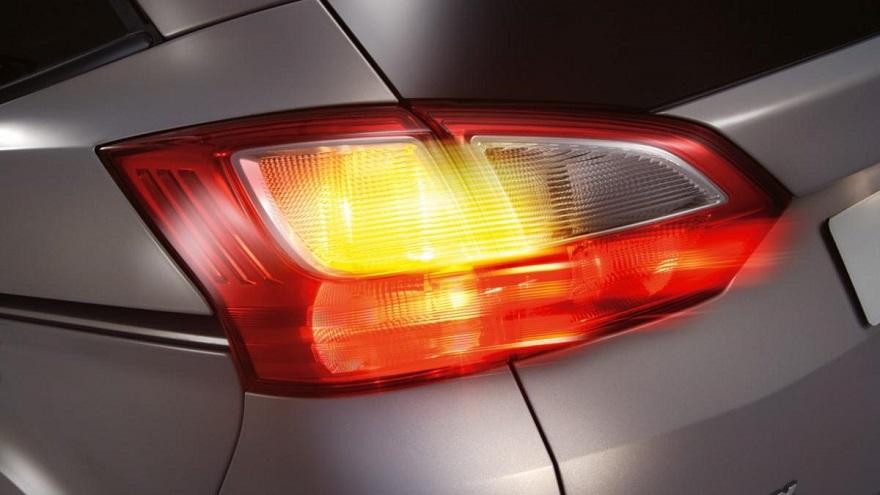 Световая сигнализация автомобиля