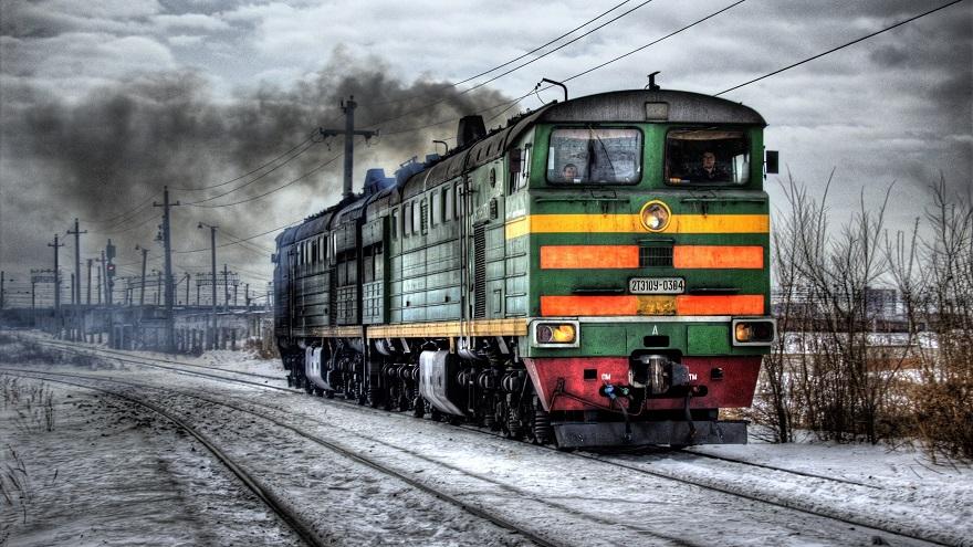 Локомотив пассажирского поезда