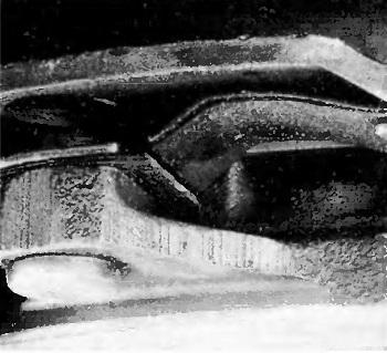 Повреждение тангенциальной пластинчатой пружины