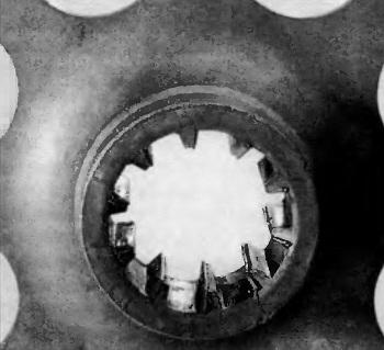 Односторонняя деформация профиля ступицы ведомого диска, конусообразный износ шлицевого соединения, разрушение демпфера крутильных колебаний